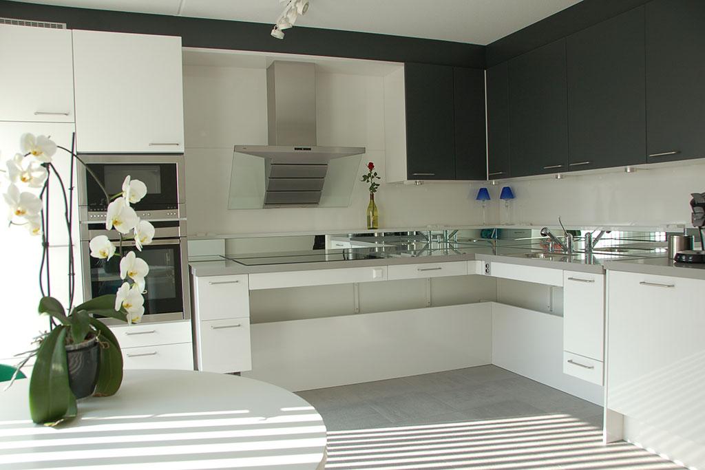Elektrisch verstelbare keuken
