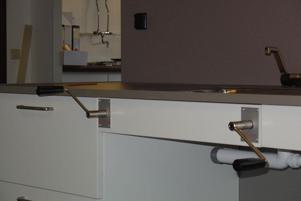 Mechanisch verstelbare keuken